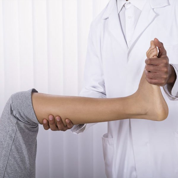 El-Paso-West-Texas-Chiropractor-foot-pain-from-sports-injury