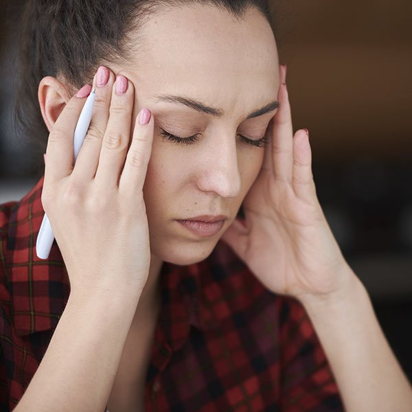 El-Paso-West-Texas-Chiropractor-lady-with-cluster-headache