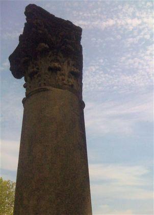 huge column with Corinthian capital