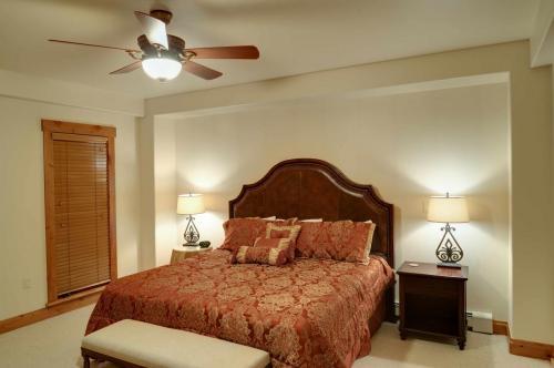 A206-master-bedroom