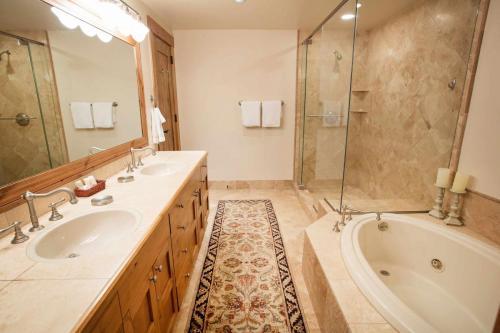 A301-second-bathroom