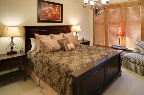 A302-master-bedroom