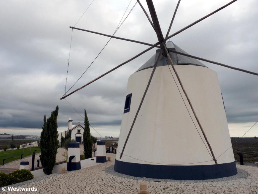 20111109 Castro Marim windmill 1290788