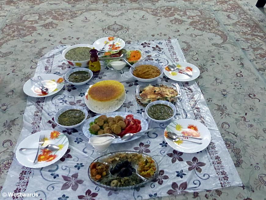 private dinner in Isfahan (on the carpet)