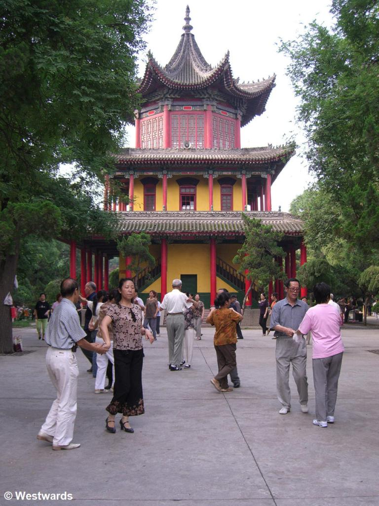 Morning exercise in the Xian Park of the Revolution