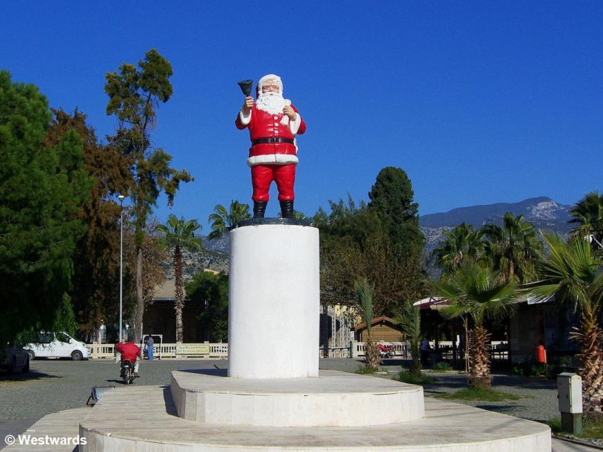 Santa Claus / Nicholas of Myra statue in Demre