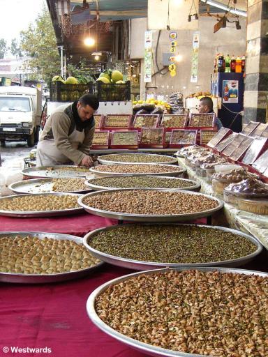 20061231 Damaskus Kitchenstreet Sweets2