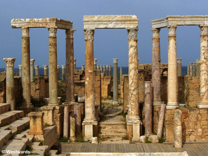 20070405 Leptis Magna Theatre4