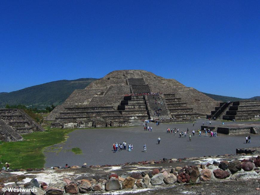 20071014 Teotihuacan Piramide de la Luna 8729
