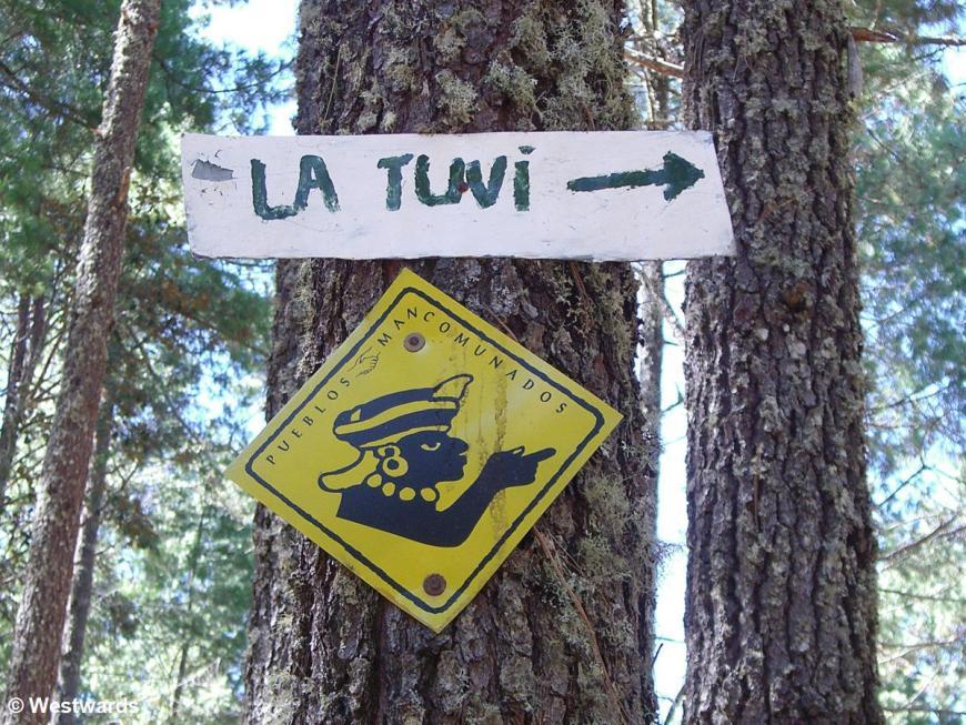 20071027  Cuajimoloyas_Latuvi sign 9716