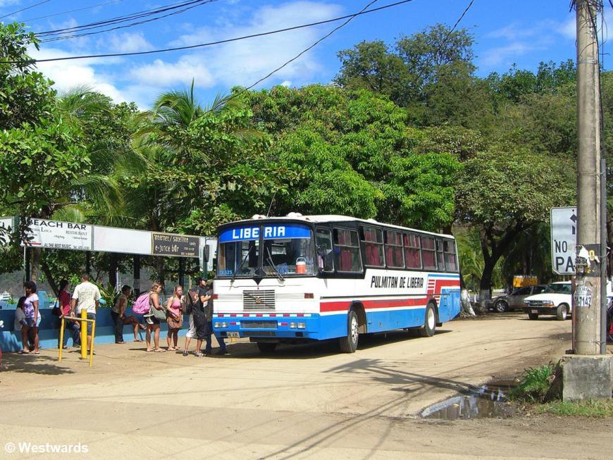 20071219 Playas del Coco bus 2427