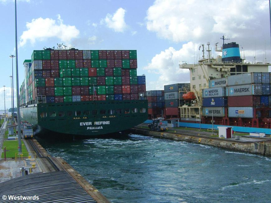 Ever Refine container ship barely fitting in the Gatun Locks of the Panama Canal