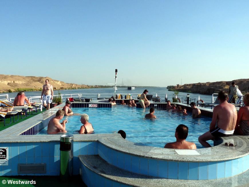 pool of Lady Mary Nile cruiseship