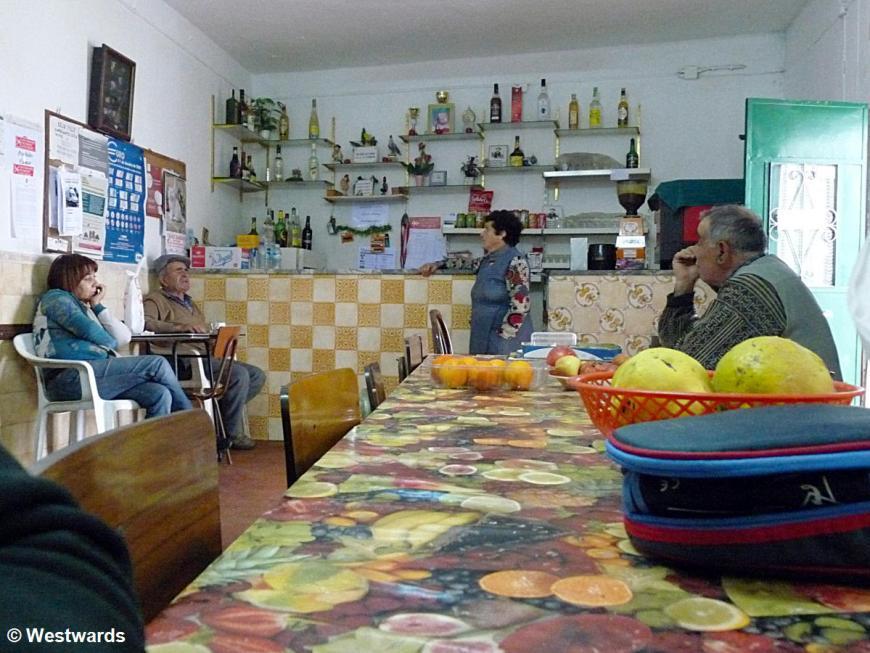 Parises Bar on the Via Algarviana