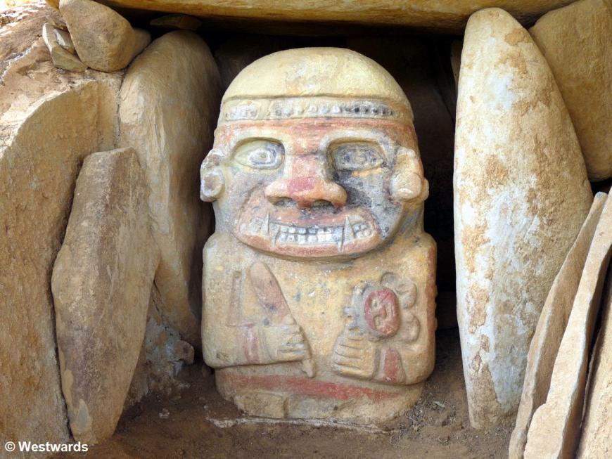 20120128 El Purutal left statue P1310726
