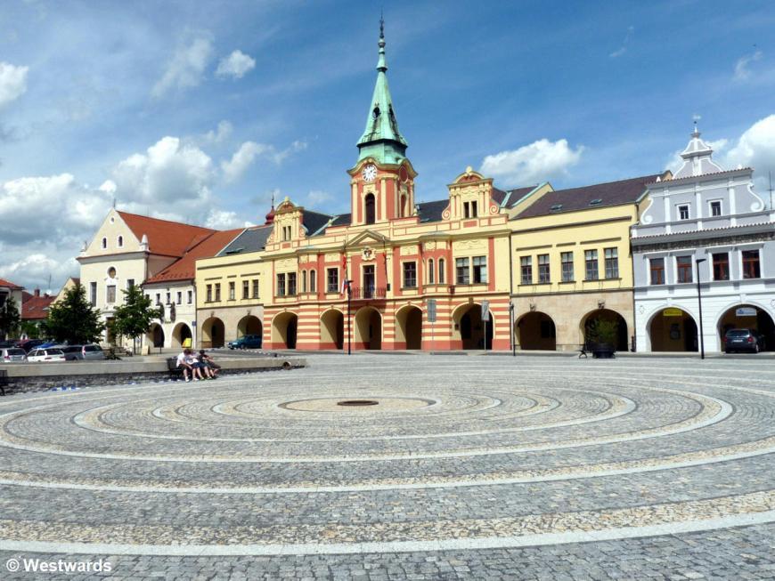 20120510 Elberadweg Melnik Rathaus P1340263
