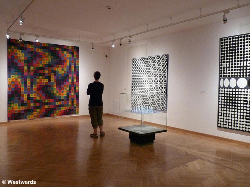 20120529 Pecs Vasarely Museum P1340946