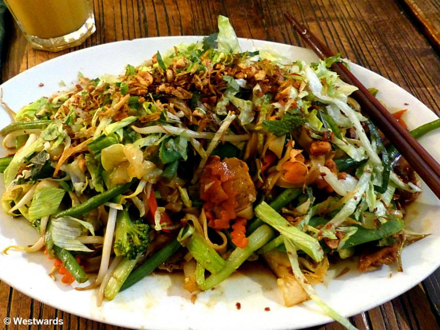 vegetarian Vietnamese dish Pho Xao