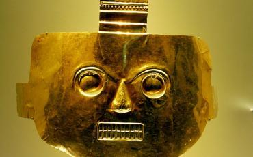 Calima death mask made of gold