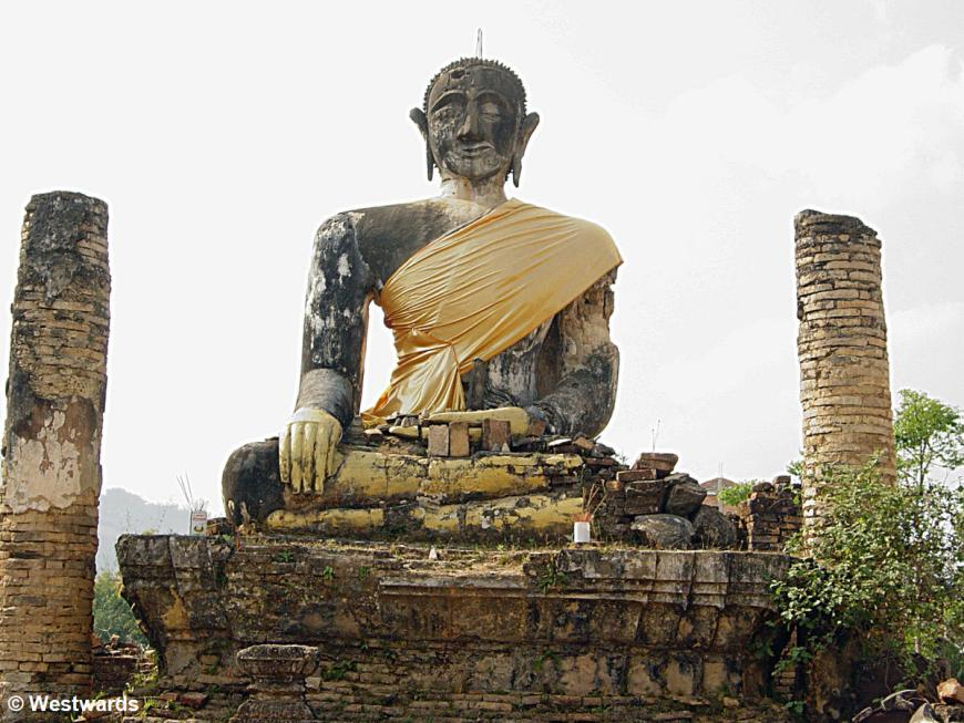 Buddha of Vat Si Phum in Phonsavan