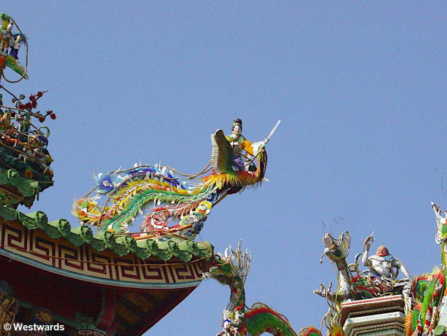 Roof details of the temple of Matsu in Anping