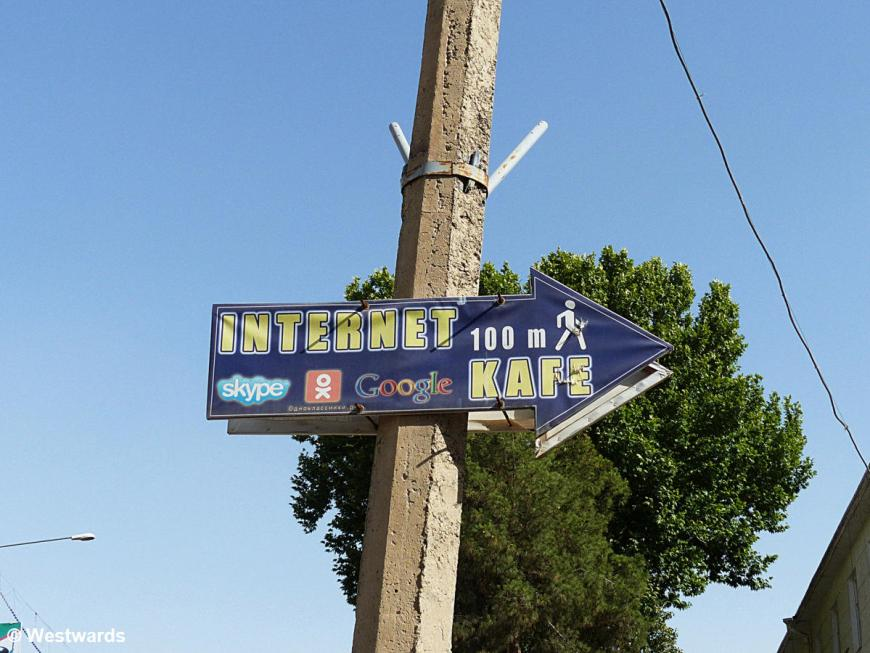 Sign for an Internet cafe - the only way to update our typepad blog