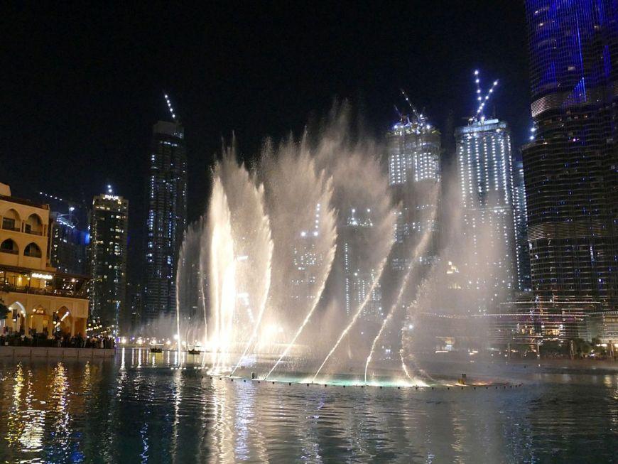 20200220 Dubai Mall Wasserspiele P1780373