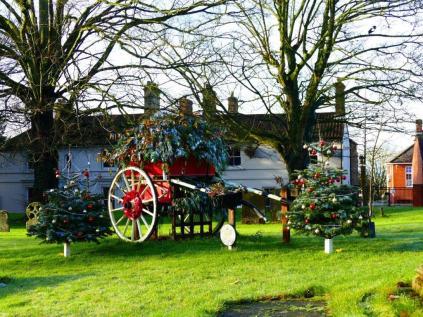 Caistor Parish Churchyard cart_BW