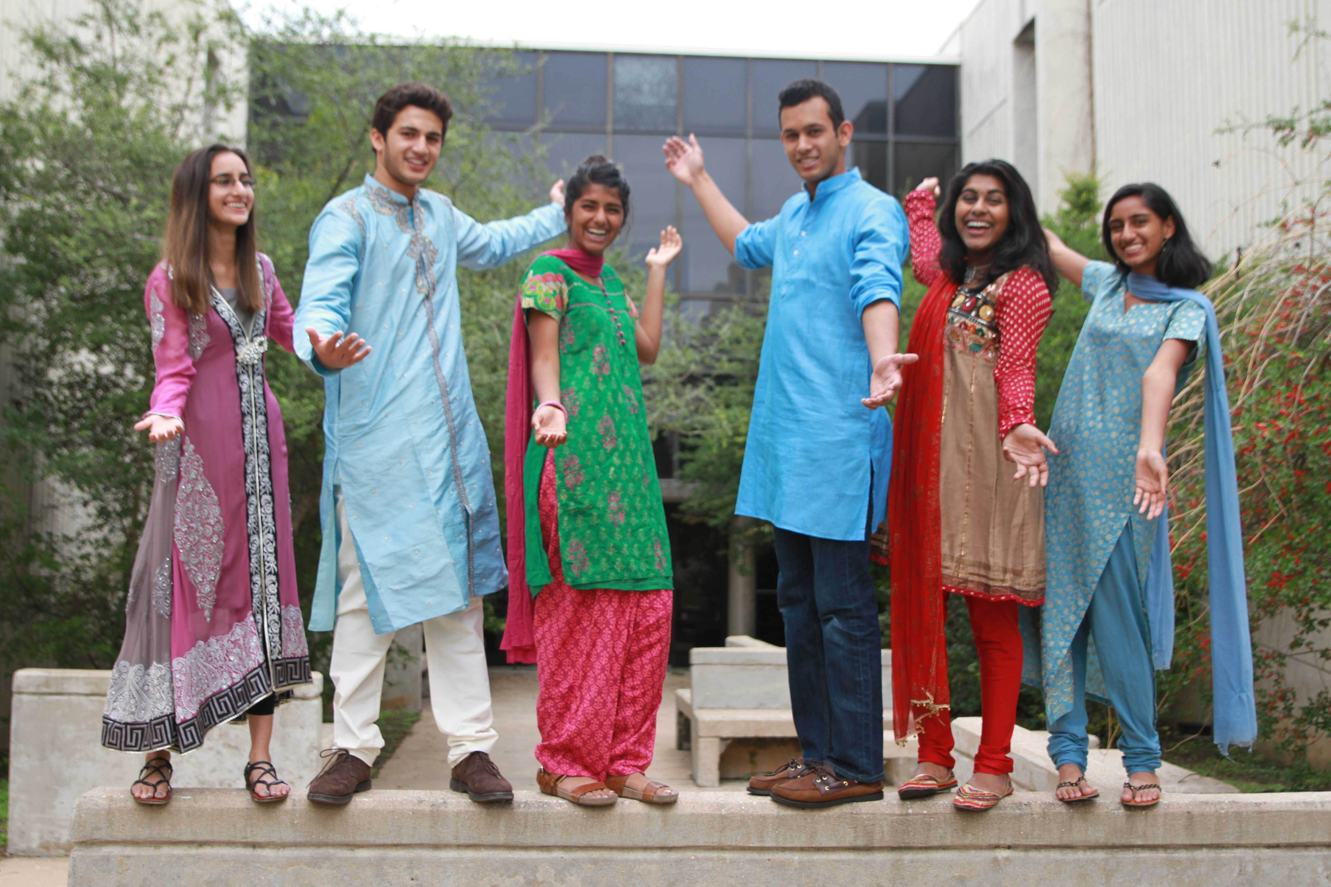 Students Celebrate Diwali By Dressing In Traditional
