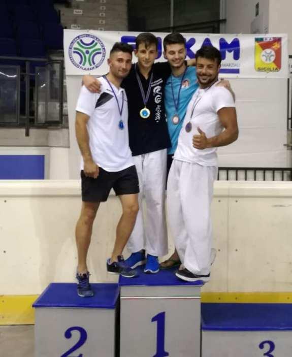 Lo Iacono Oro podio u21