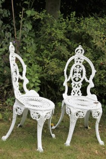 chairs for 2