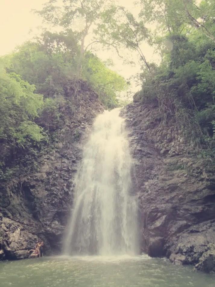 Erster Wasserfall