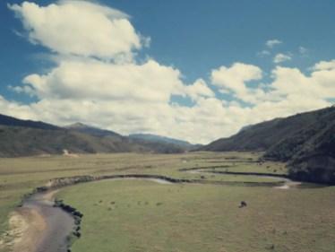 Der Fluss Huaylla - Ein Amazonas Quellfluss