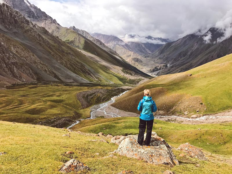 Blick ins Tal vom Dunguromo Pass, Kirgistan