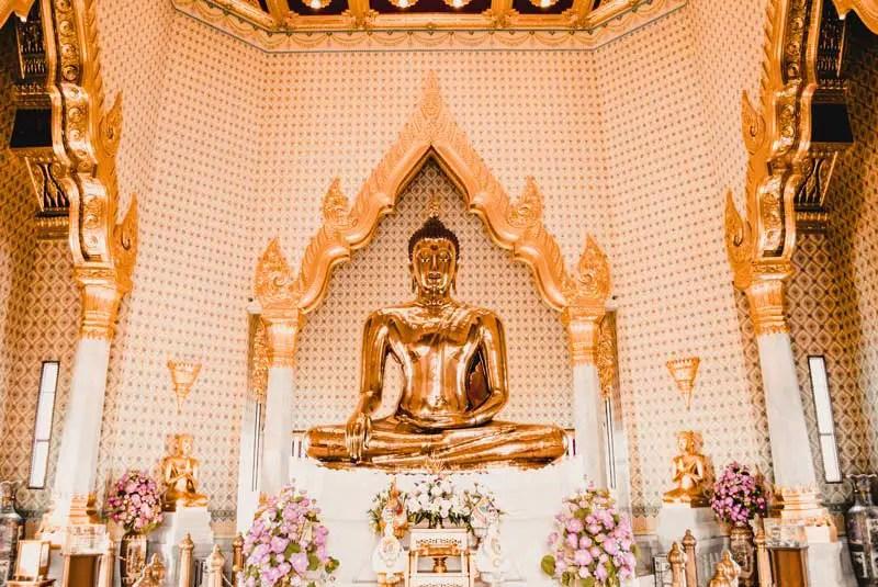 Bangkok Sehenswürdigkeiten echter Goldener Buddha