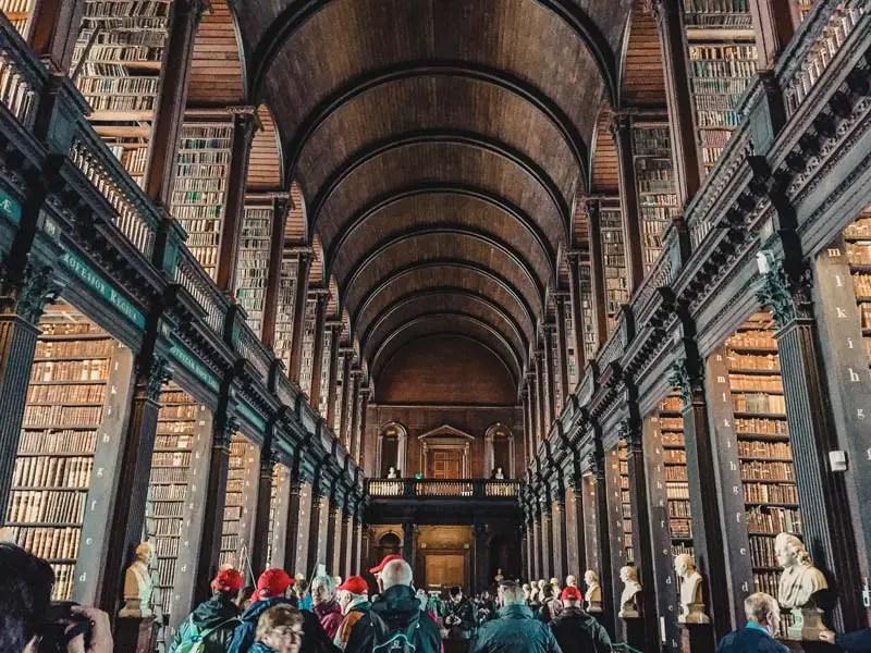 trinity college Dublin Sehenswürdigkeiten