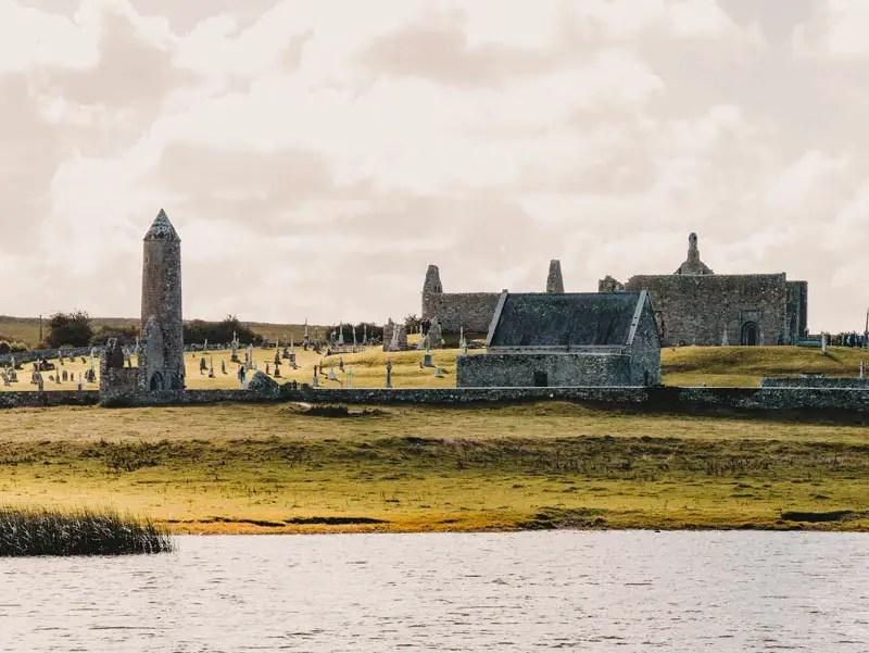 Clonmacnoise – Hausboot Irland Shannon Le Boat