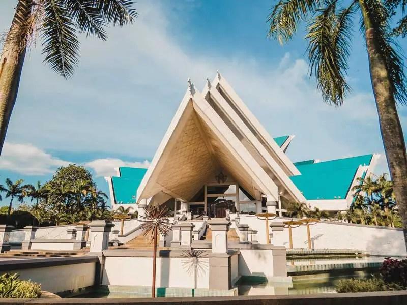National Moschee Masjid Negara – Kuala Lumpur Sehenswürdigkeiten und Highlights in 2 Tagen