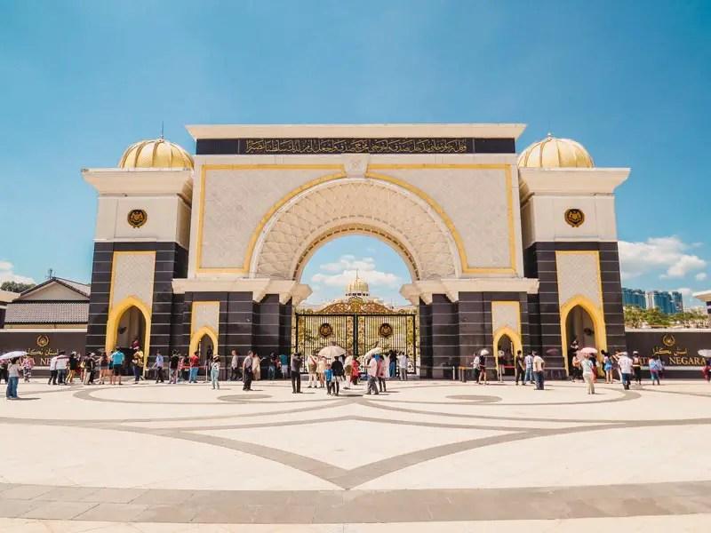 National Palast istana Negara Jalan Duta – Kuala Lumpur Sehenswürdigkeiten und Highlights in 2 Tagen