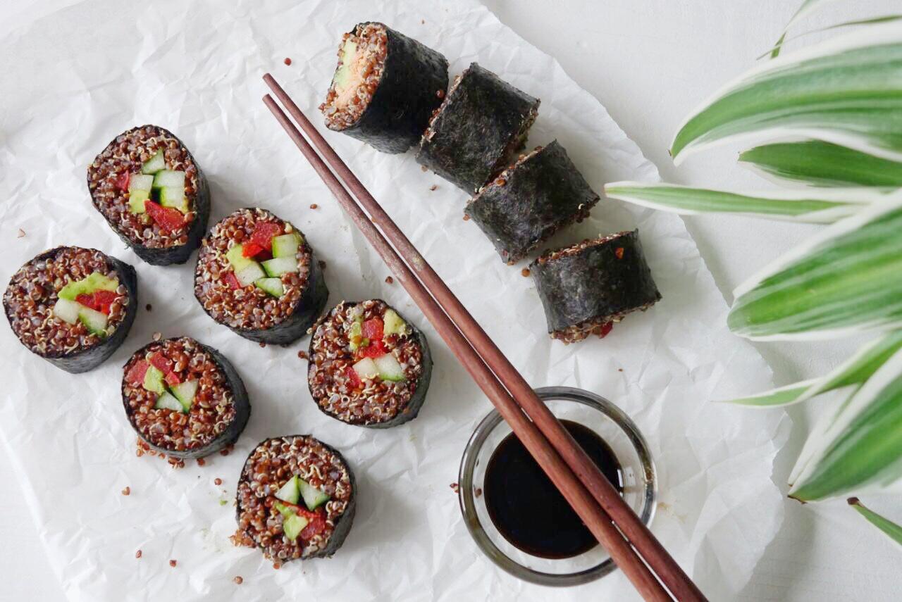 Vegetarisches Quinoa Sushi