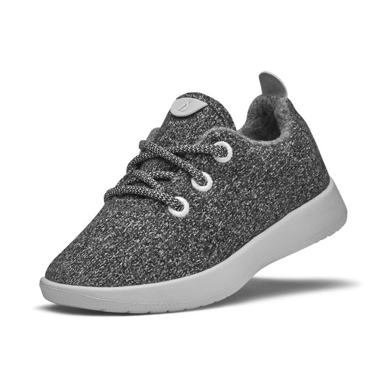 Allbirds: We Tried it! Smallbirds_Wool_Runner_GREY_ANGLE