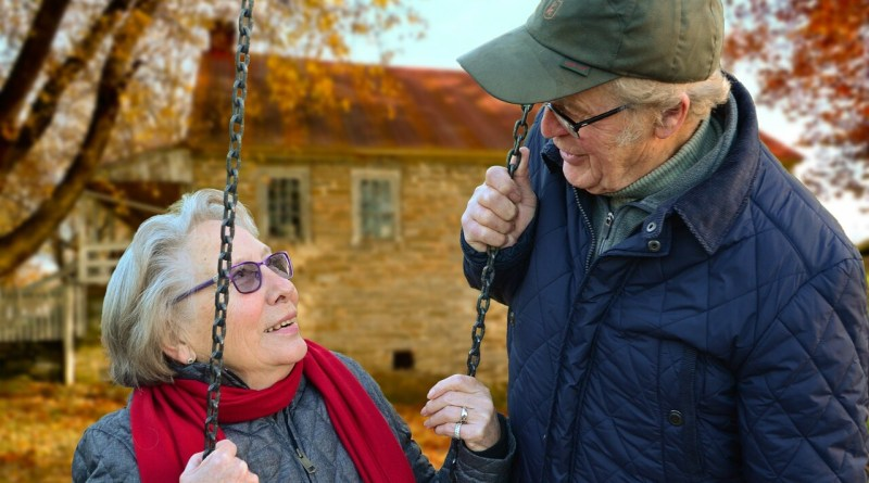 8 Keyways to Help Care for Aging Family Members