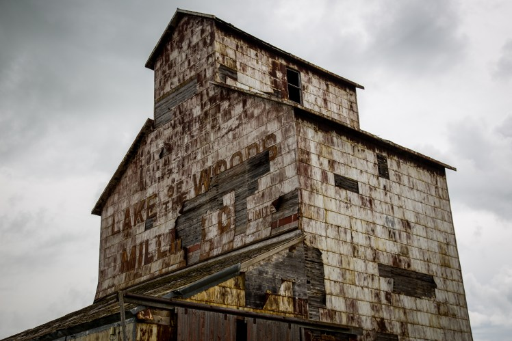 Manitoba Ghost Towns - Lake of the Woods abandoned grain elevator.