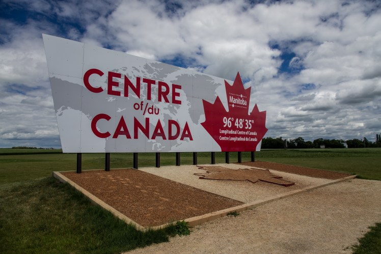 The Centre of/du Canada is a few minutes east of Winnipeg.