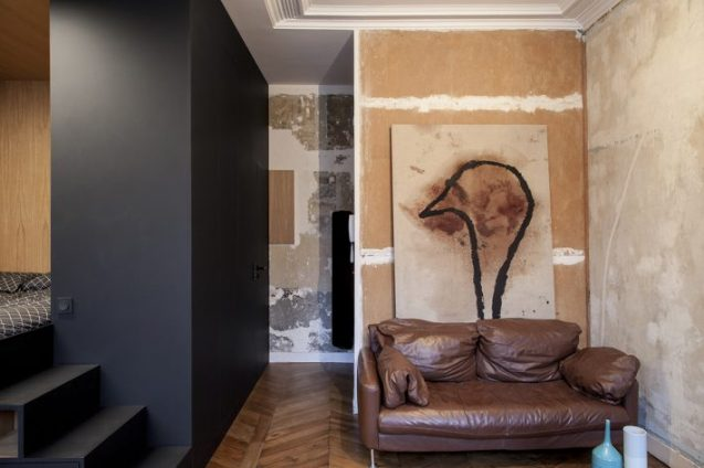 Architecture_ArnaudApartment_BatiikStudio_BertrandFompeyrine_05-710x473