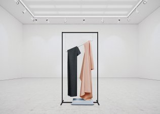 Art_HangingPaintings_TadaoCern_06