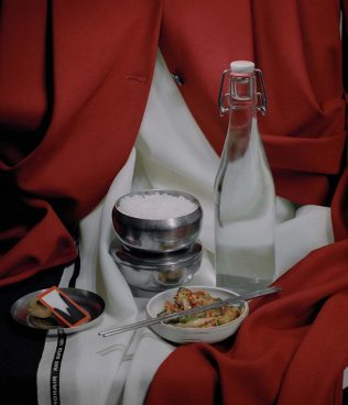fashion-jkimfw17-still-lifes-eugeneshishkin-06-1440x1677