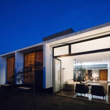 ignant-architecture-ownerless-house-01-vao-22