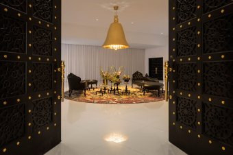 mondrian-marcel-wanders-interiors-hotels-doha-qatar_dezeen_2364_col_8