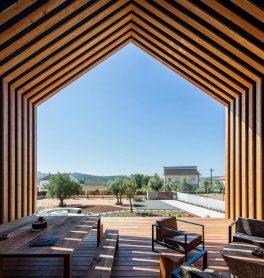 architecture-filipe-saraiva-ourem-house-4-1440x1521